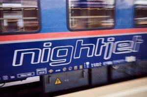 Die ÖBB bringen die Fahrgäste zu Weihnachten im Nightjet nach Hause. Foto: © ÖBB / Marek Knopp